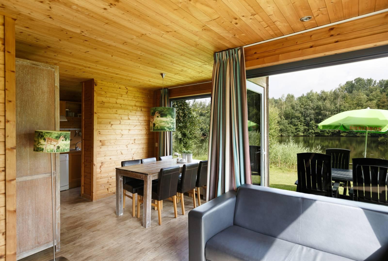 Luxe Bungalow Damhert 6-persoons vakantiehuis