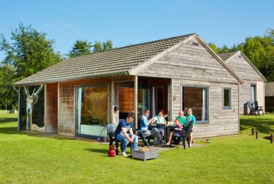 bungalow damhert accommodatie barbecue